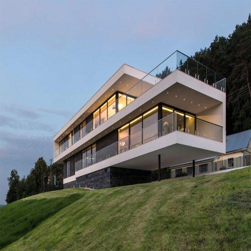 Three floor villa